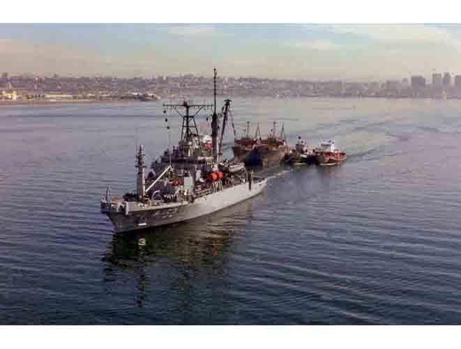 USS Salvor ARS-52