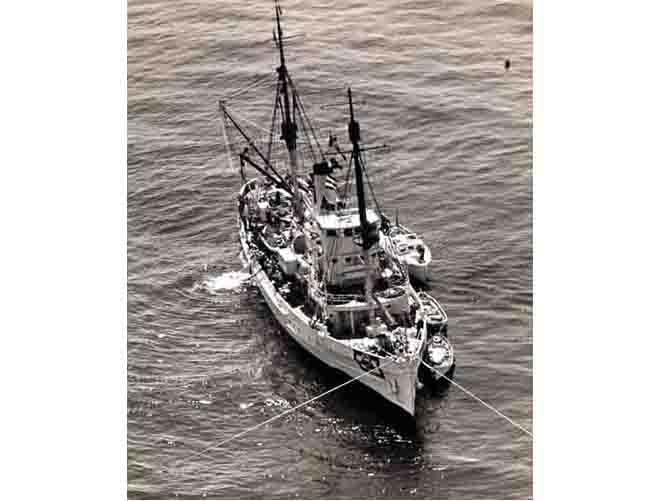 USS Falcon ARS-2